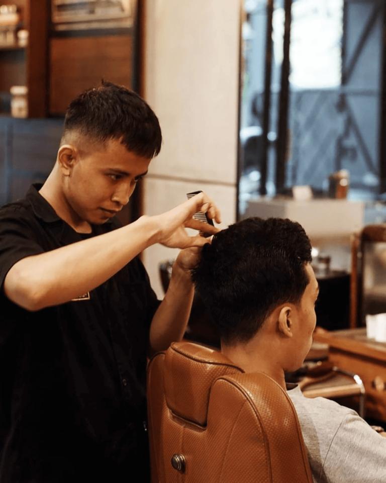 Aplikasi Pembukuan Barbershop